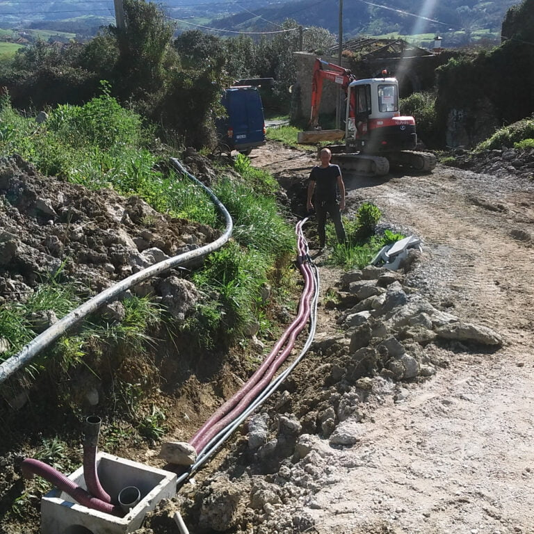 trench with pipes